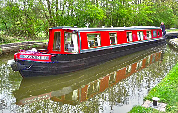 Dawn Mist Narrowboat Hire