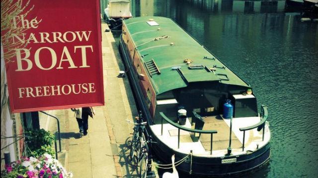 narrowboat canal